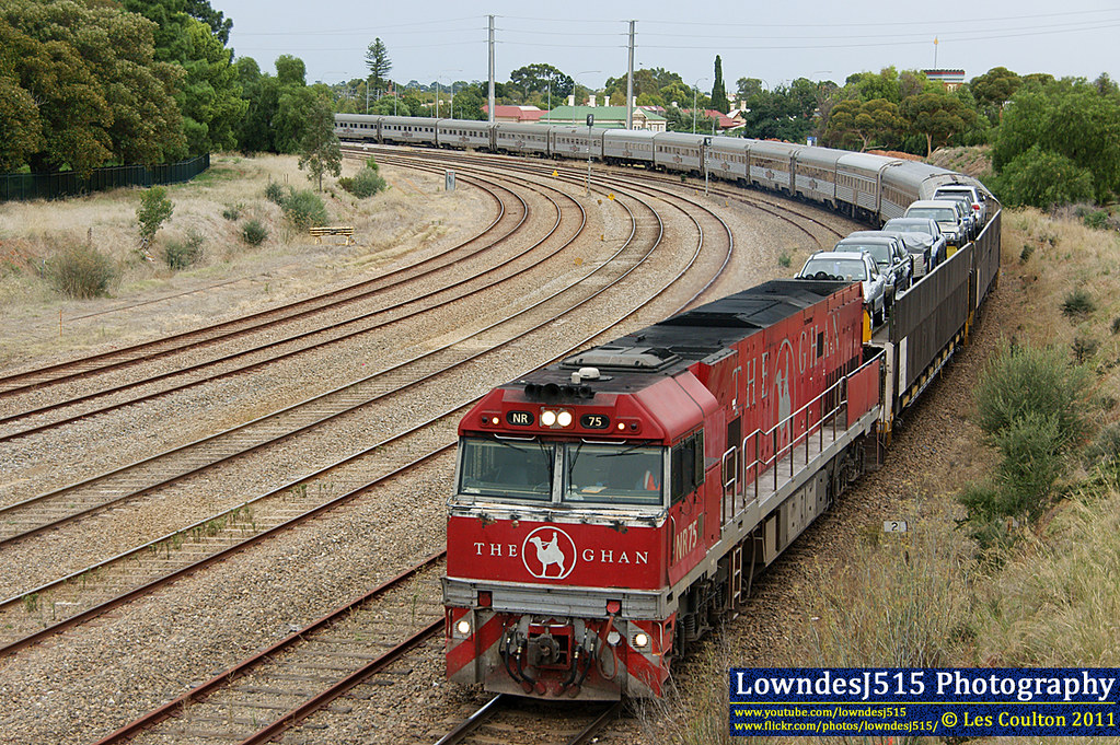 NR75 near Mile End by Les 'LowndesJ515' Coulton