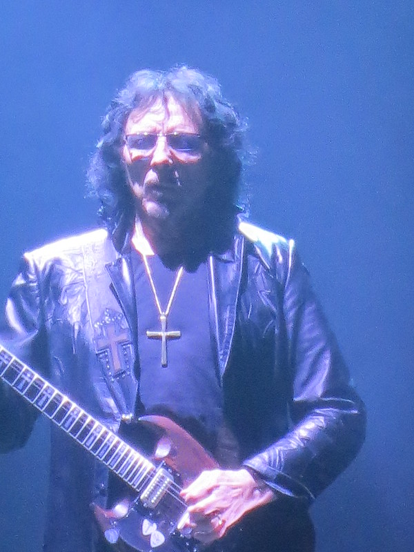 Black Sabbath Ottawa Canadian Tire Place April 13 2014 003