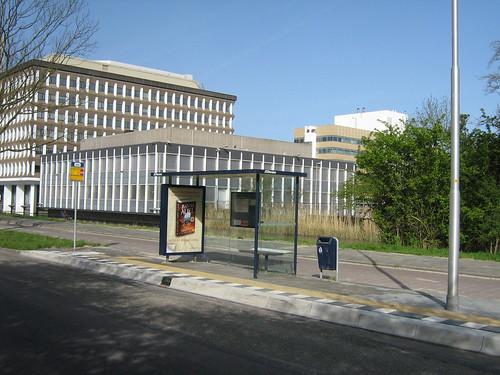 Bus stop Saskia van Uylenburgweg