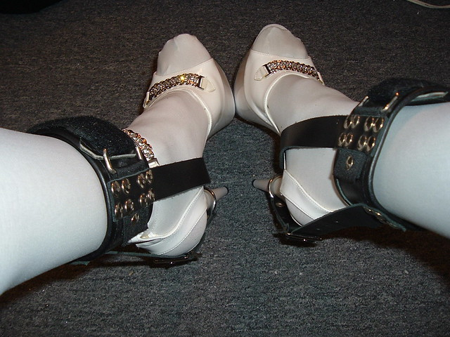 Will know, Bdsm shoe lock chains
