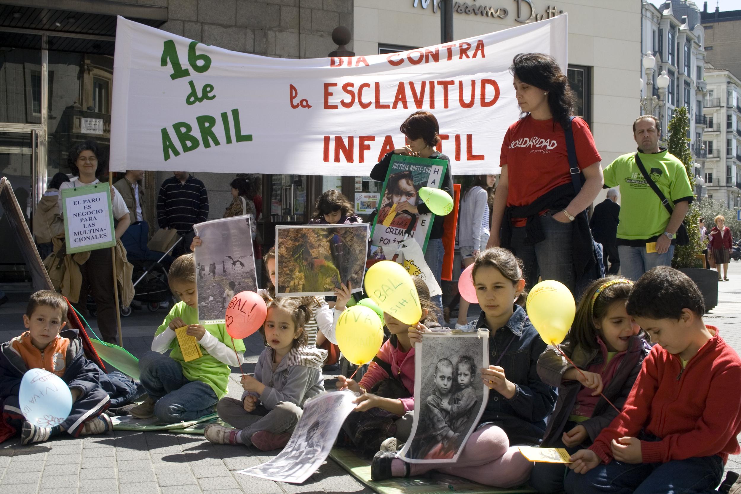 D a internacional contra la esclavitud infantil 6 valladol - Tapiceros valladolid ...