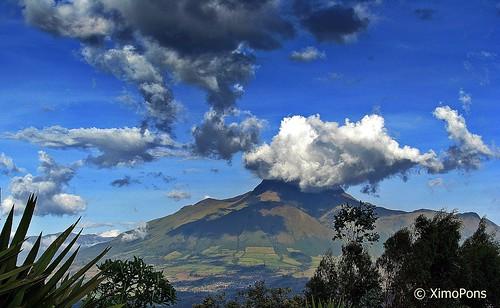 Nubes bajas  .IMG_1196 by XimoPons