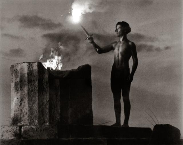 Die Entzündung der olympischen Flamme, 1936, by Leni Riefenstahl