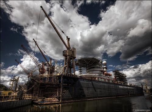 sisters industrial cranes seven shipyard ballad hdr floatingdrydock remontowa
