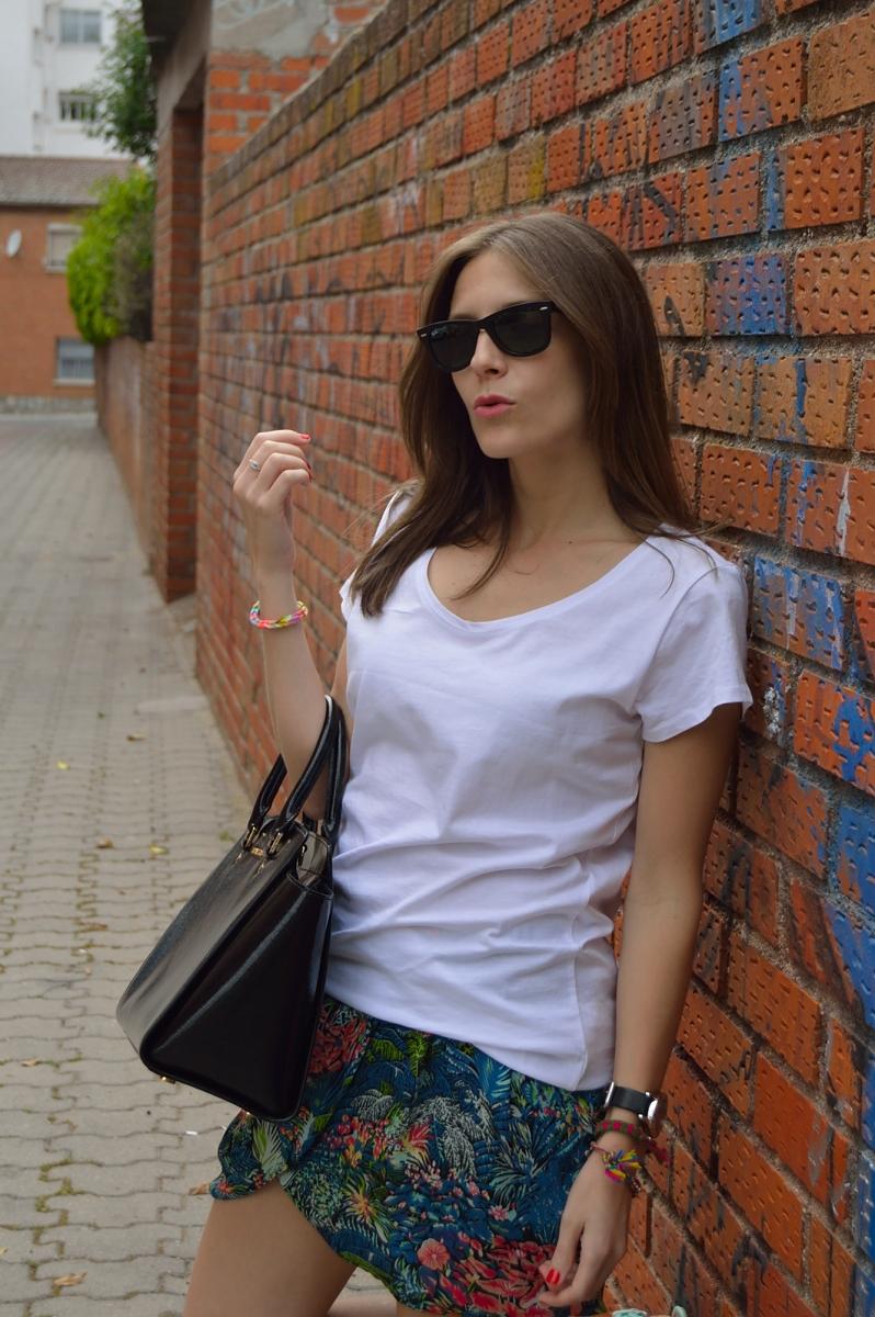 lara-vazquez-madlula-blog-style-skirt-spring-mood