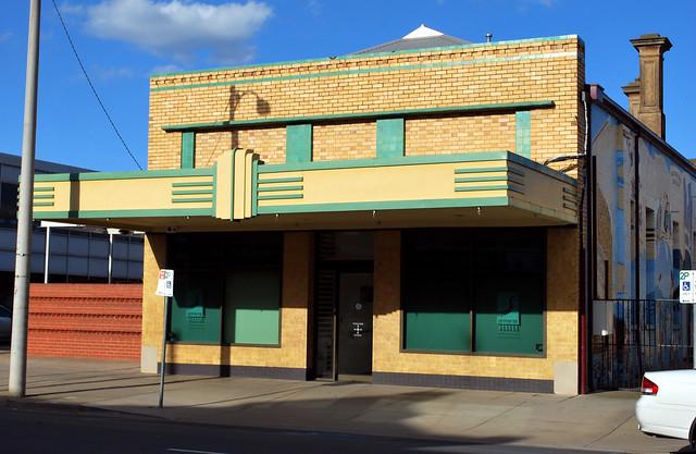 Art Deco facade, Shepparton, VIC, Australia  Flickr