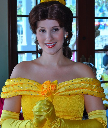 Princess Belle by Keltron (All I see is Snow)