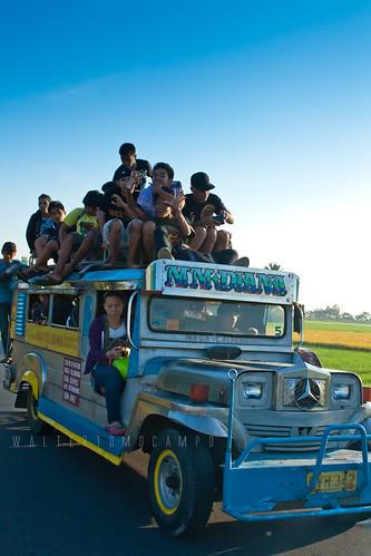 kids jeep crucifix bicol jeepney topload sinakulo senakulo sayos calabanga pinetensya calabangacamarinessur toploadpassengers