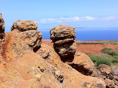 Lanai -- Keahiakawelo (Garden of the Gods)