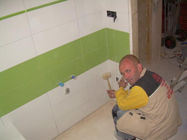 Baño Azulejos Blancos:Combinación de azulejos en baño: Blanco y Verde