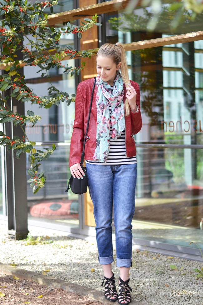 Outfit rote Lederjacke (2)