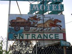 Wagon Wheel Motel March 25 2011 033