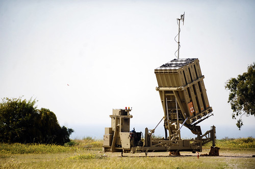 Iron Dome Battery Deployed Near Ashkelon / Israel Defense Forces, Flickr