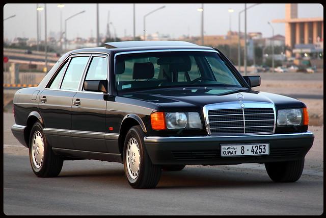 Mercedes W126 (the Queen) 5622172345_6ab94ac9b9_z