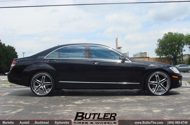 Mercedes s550 with custom painted 22 asanti af166 wheels for Custom mercedes benz s550