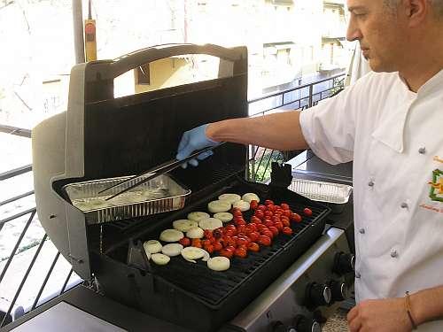 Da athos guizzardi a casalecchio bologna tornano i corsi di cucina al barbecue - Corsi cucina bologna ...