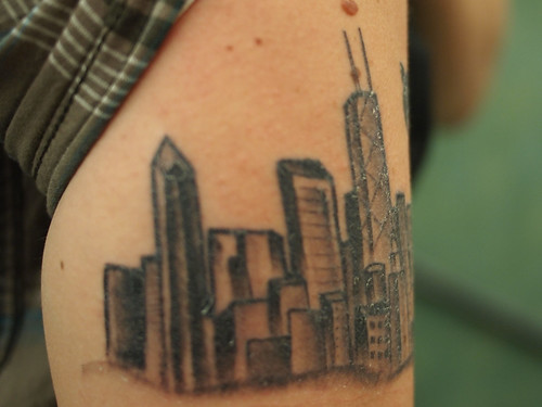 Pete 39 s tattoo artist friend gave him this kickass chicago for Japanese tattoo chicago