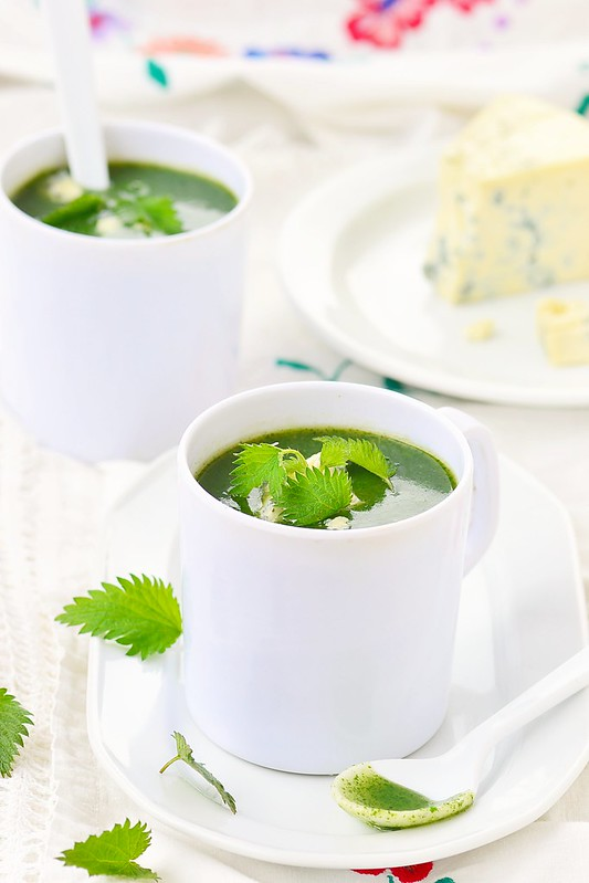 nettle soup with cheese.2