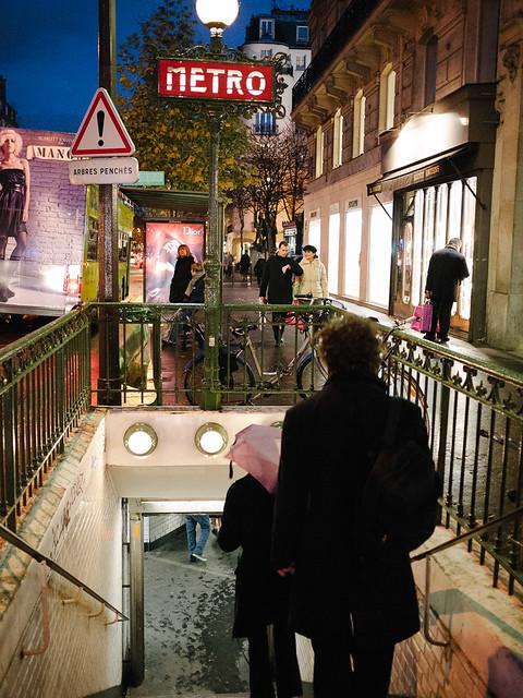 Metro Saint-Germain-des-Près