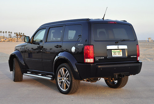 2007 2011 dodge nitro features and options page 3 dodge nitro forum. Black Bedroom Furniture Sets. Home Design Ideas
