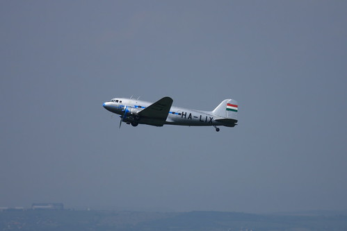 HA-LIX Li-2 airplane