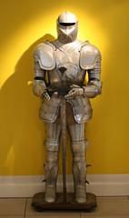 army men(0.0), clothing(0.0), sculpture(0.0), monument(0.0), action figure(0.0), statue(0.0), armour(1.0),