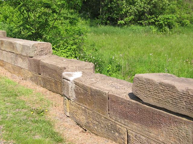 Stone briege