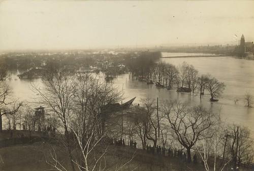 Miami River, Dayton, OH - 1913 Flood