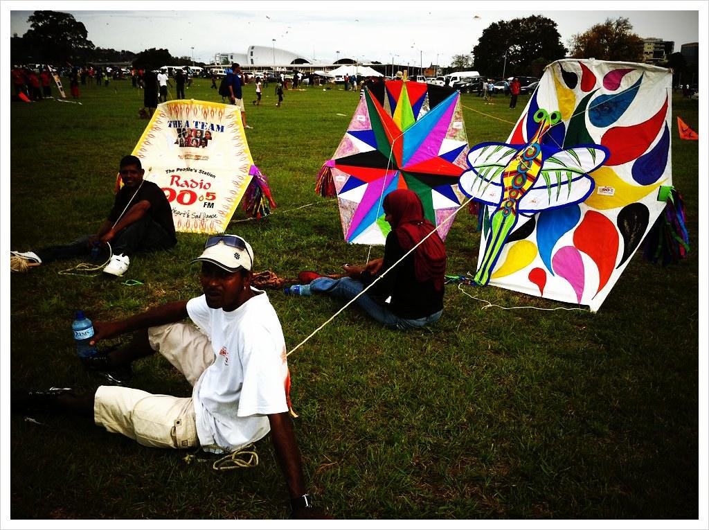 Easter Sunday kite-flying contestants, Queen's Park Savann ...