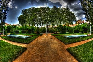 Symmetric Garden