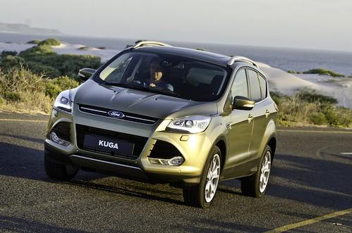 Ford_Kuga_TF_Titanium2