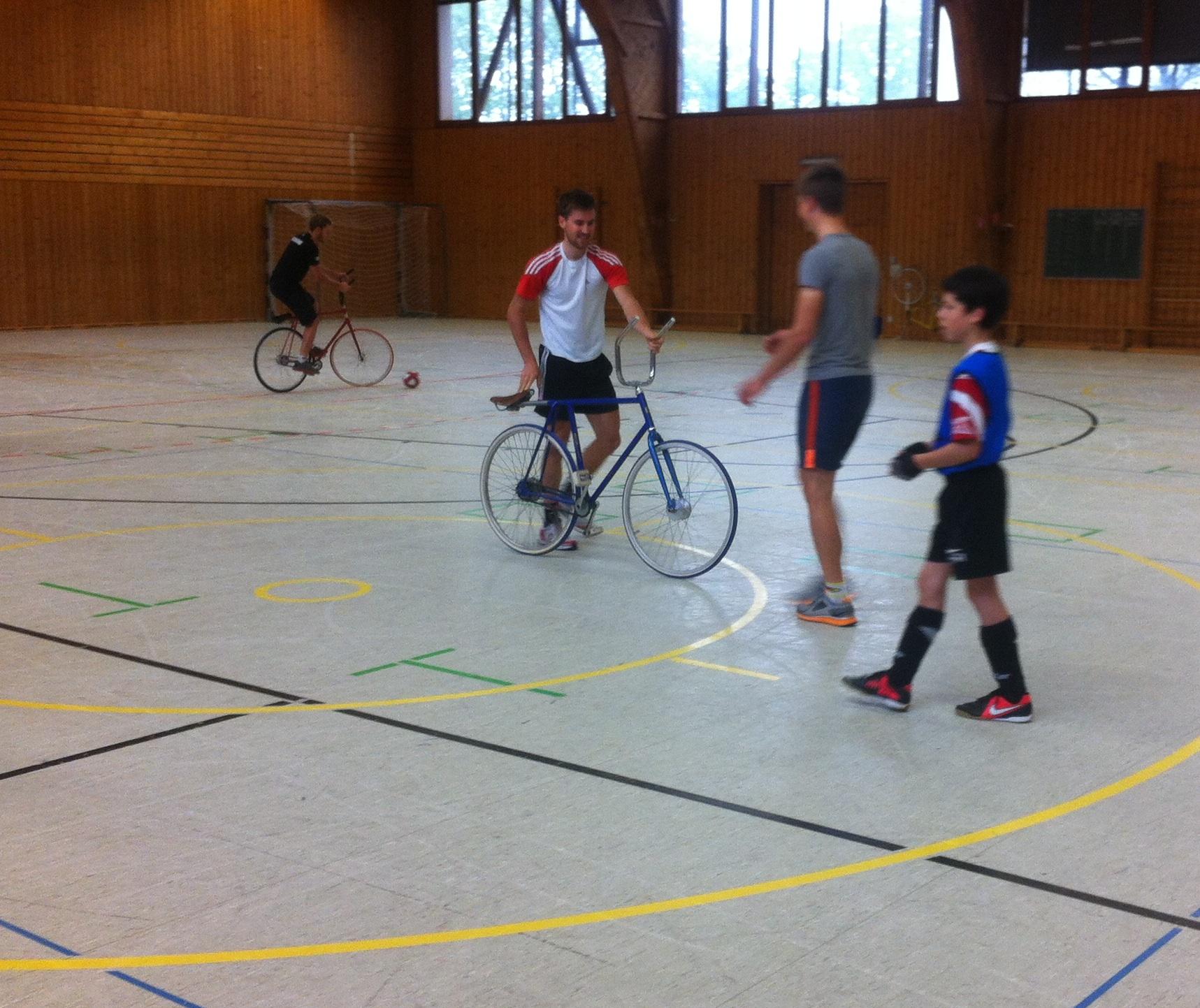 Martin beim Radball