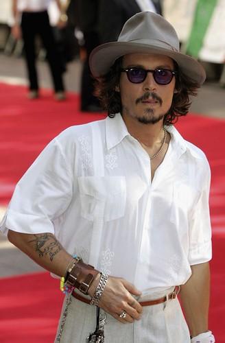 Johnny+Depp+Classic+Sunglasses+Wayfarer+Sunglasses+hJrXhg40Jnul