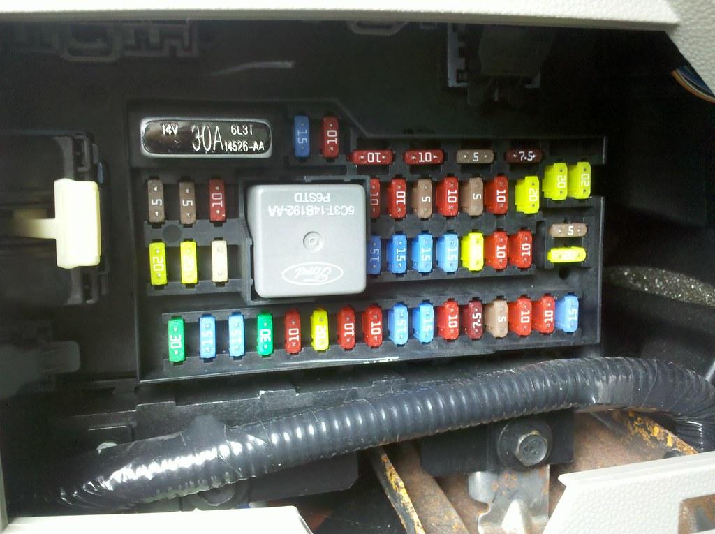 2009 ford escape hybrid interior fuse box (sync usb reset)\u2026 flickr