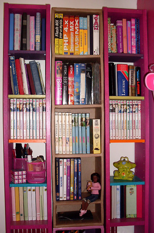 carton et chocolat etag res pour cd dvd livres de poche le retour. Black Bedroom Furniture Sets. Home Design Ideas