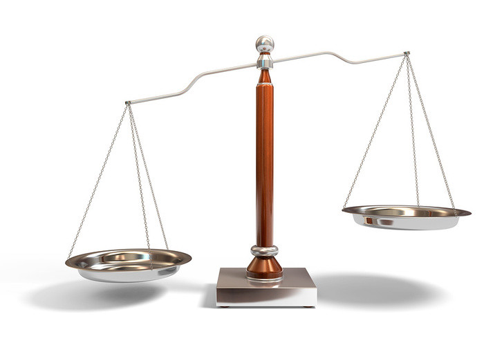 Responsabilità dei magistrati: obbligatoria la rivalsa in caso di negligenza inescusabile
