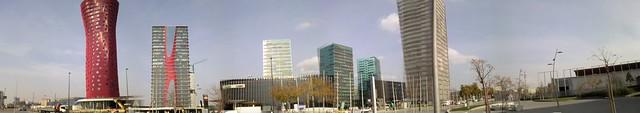 Panoràmica d'edificis a Gran Via 2