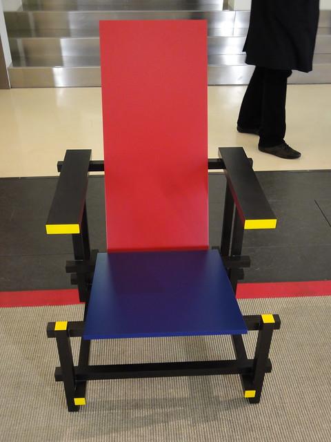 Rood blauwe stoel/ Rietveld, 1918