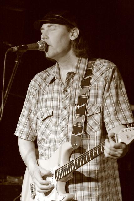 Header of Alan Haynes (guitarist)