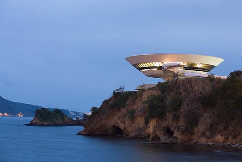 Museo de Arte Contempóraneo, Arq. Oscar Niemeyer, Niteroi-Brasil