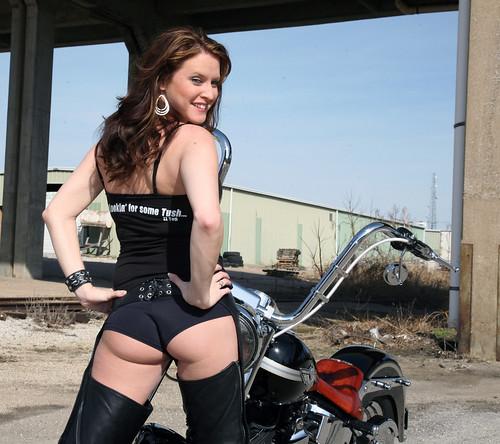 Booty Shorts Biker Girl