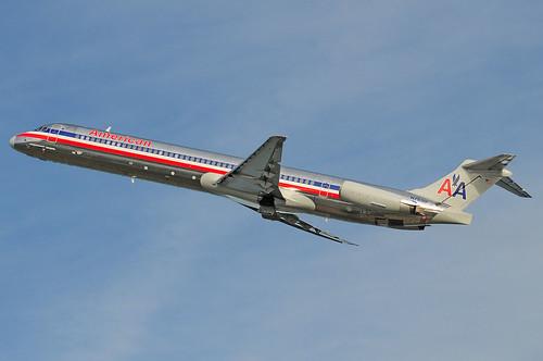 N7530 MD-82 AAL KDCA 20100307