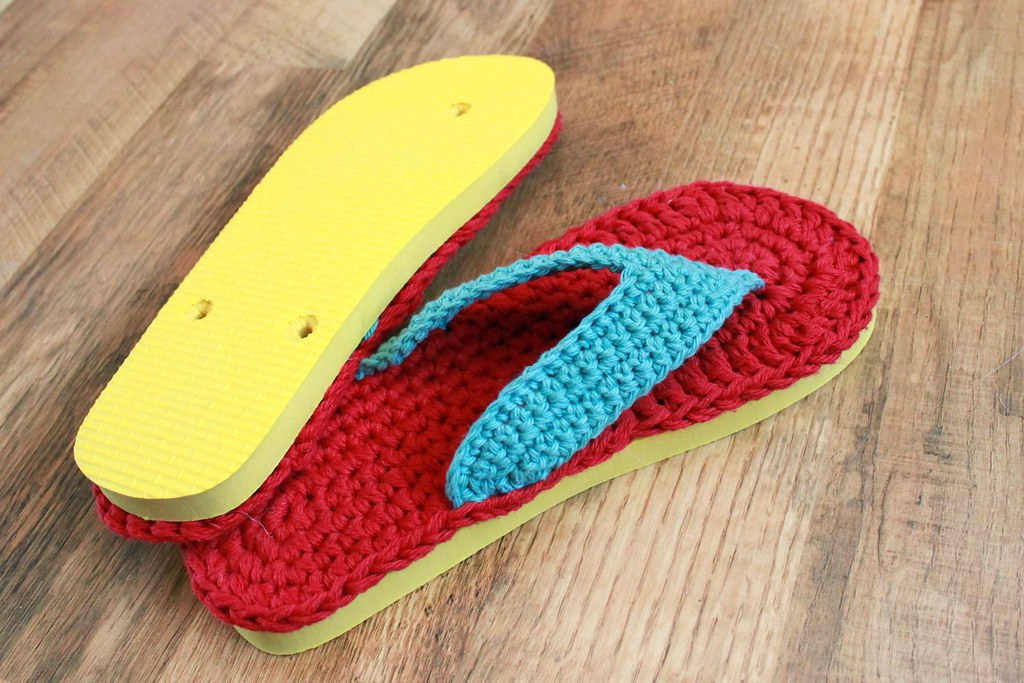 Crochet Patterns Using Flip Flops : Flip Flops Crochet Pattern with foam flip flop sole - a ...