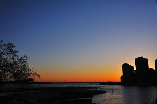 nyc light sunset building landscape idea nikon sunlit d700