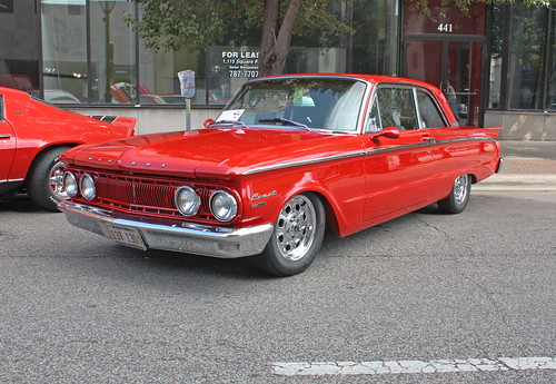 1962 Mercury Comet Custom 2-Door Sedan (3 of 9)