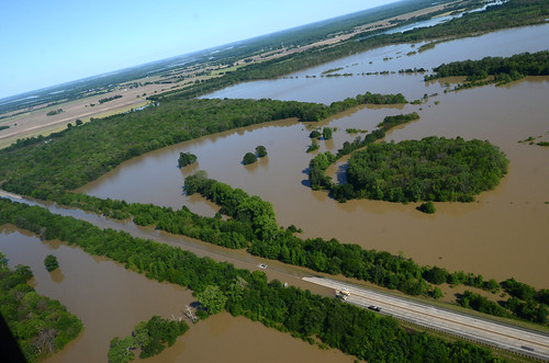 Brinkley (AR) United States  city images : flooding closed whiteriver arkansas i40 interstate40
