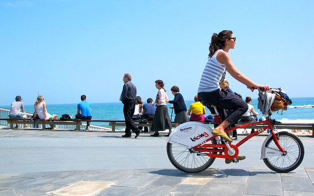 Bicing girl