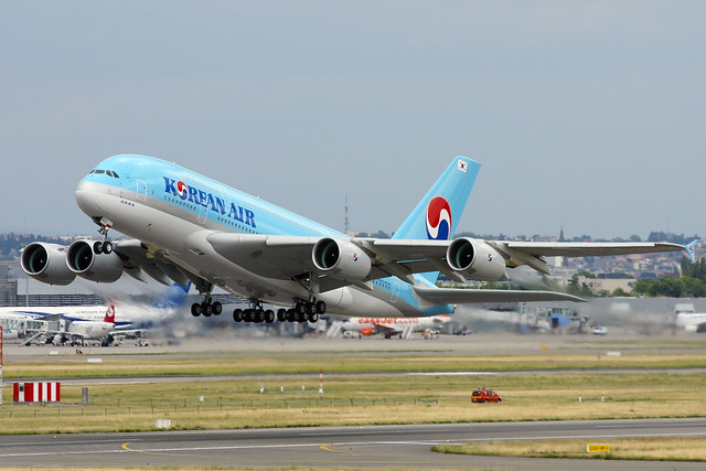 Korean Air's first A380 is finally (officially) delivered