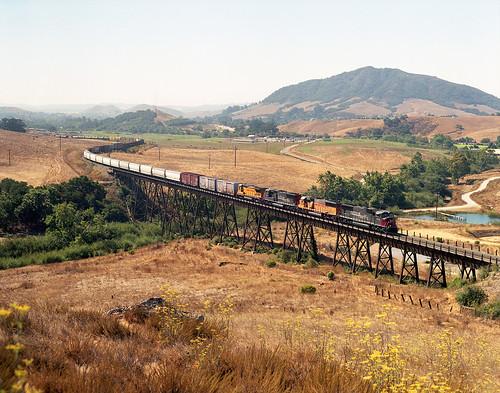 california southernpacific cuestagrade sd70m stennercreektrestle