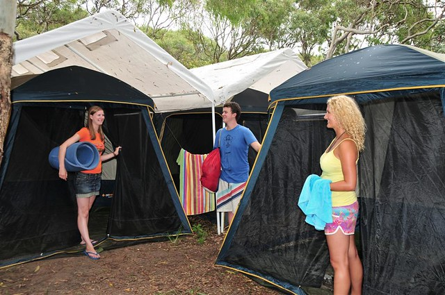 Permanent tents k 39 gari campsite on fraser island flickr for Permanent camping tents